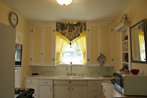 1930s kitchen decor