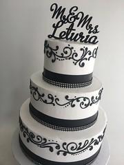 5290 (Asweetdesign) Tags: blackandwhiteweddingcakes monogram cake toppers