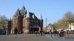 De Waag on Nieuw Markt by drooderfiets
