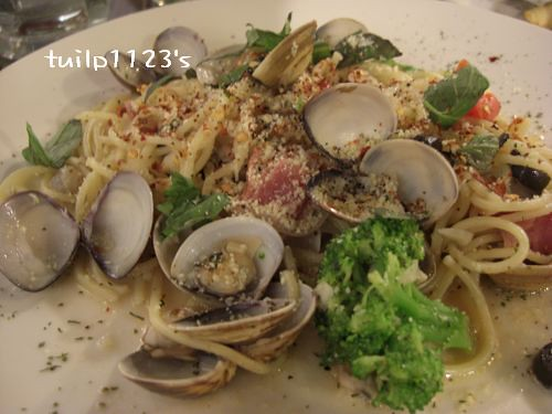 香辣蒜香蛤蜊義大利麵