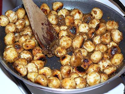 macadamias grillées aux épices.jpg