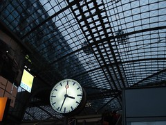 DSC00500 (bgnathaleigh) Tags: berlin hauptbahnhof