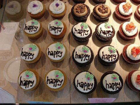 Happy Cakes from Swirlz Cupcakes