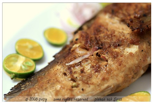 Candlenuts grilled fish 4