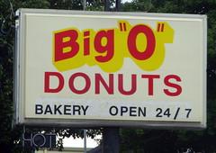 "Big ""O"" Donuts - Cookeville, TN (SeeMidTN.com (aka Brent)) Tags: sign tn tennessee bakery donuts donut bigo cookeville putnamcounty tn42 tn136"