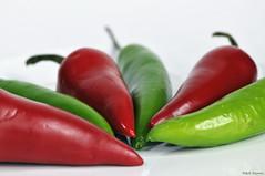 Hot shot (Magda'70) Tags: red food usa hot macro green closeup america pepper virginia us nikon va peppers 2008 d300 105mm serranopepper zymon