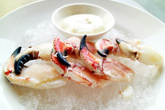crab claws @ momofuku ssam
