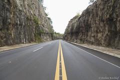 On the Road - BR-153 (Enilton Kirchhof) Tags: sãopaulo brazil br br153 ontheroad rodovia asfalto viagem turismo landscape ferias201617 brasil brasilemimagens canoneos6d