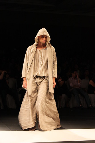 Don Protasio, Design Fusion - PFW Holiday 2011