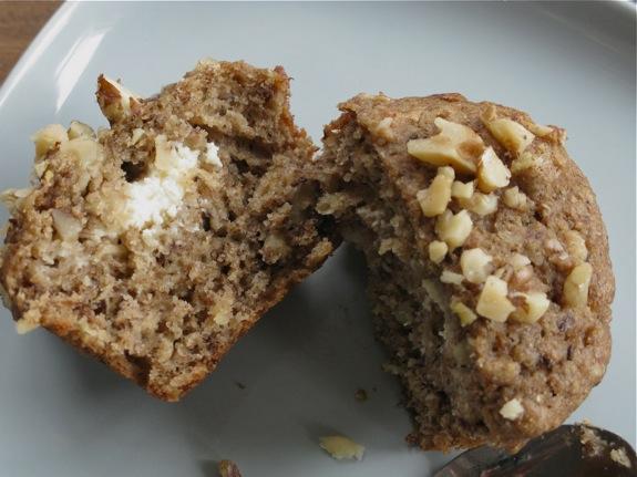 ricotta banana walnut muffins 003