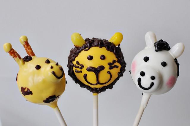 safari animal cake pops
