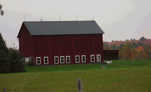 Red Barn - The farm in color