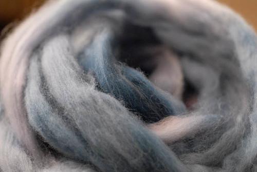 blue_pink_merino_fiber
