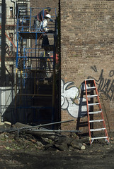 542 Vanderbilt demolition (threecee) Tags: hardhat newyork brick architecture brooklyn graffiti steel demolition beam scaffold worker prospectheights ladder demolished deanstreet vanderbiltavenue atlanticyards forestcityratner tracycollinsphotography dsc5500 542vanderbiltavenue block1129lot50 542vanderbiltave