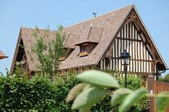 Beuvron-en-Auge (sylviedjinn 14) Tags: 14 normandie paysdauge calvados halftimbered fachwerk maisonneuve colombages fachwerkhaus fachwerkhuser beuvronenauge pansdebois plusbeauvillagedefrance