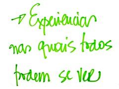 """texto escrito numa toalha de mesa: """"experiências nas quais todos podem se ver"""""""