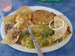 Rick's awesome lunch (Jen and Rick) Tags: food newmexico socorro elsombrero greenchile byrdhayes
