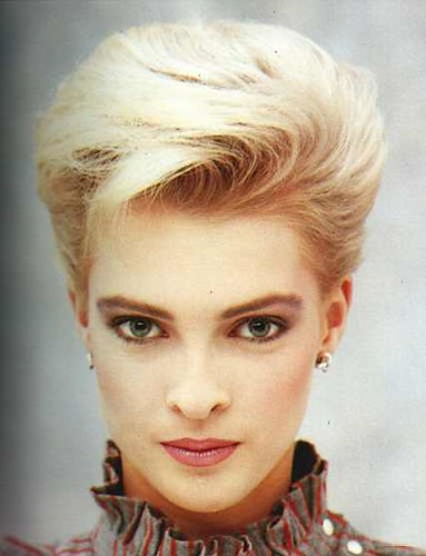 80s hairstyle 60