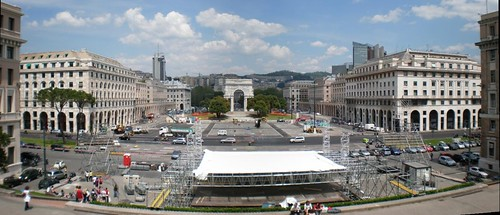 Piazza Delle Vittoria dopo la calata del Papa