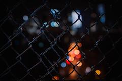 fency friday (Margot in Love) Tags: nw newyork manhattenbrigde fencyfriday fence zaun bokeh licht light nacht dunkelheit darkness tgif thankgoditsfriday city stadt urban citylights throughherlens