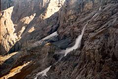 Groe Scheidegg - Kleine Lawine (planet_seel) Tags: schweiz gletscher eiger jungfraujoch jungfrau swizerland mnch lawine scheidegg hrnli topofeurope mittelegligrad aletschgleitscher groescheidegg