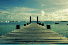 The dock of the bay 2 (Andrea Acito Photos) Tags: sea sky seascape clouds photoshop wow landscape island bay dock mare crossprocessing bahamas molo acito eow digitalcrossprocessing 10faves passionphotography 25faves andreaacito scenicsnotjustlandscapes andreacito