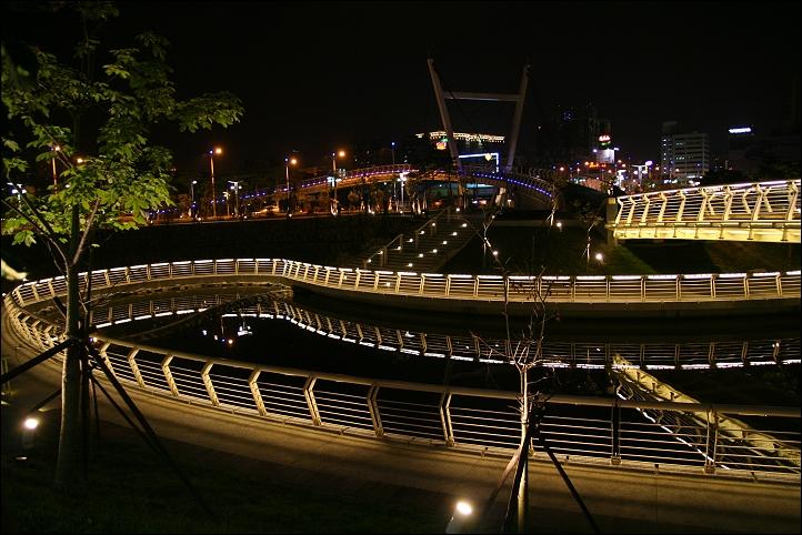 2007國旅卡DAY3(愛河之心、愛河愛之船)001