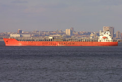 BOW ARCHITECT in New York, USA. Jan. 2007 (Tom Turner - SeaTeamImages / AirTeamImages) Tags: bow 9319480 architect bowarchitect tanker chemical transport transportation ship pony port bay harbor harbour red marine maritime nyc newyork bigapple tomturner odfjell seachem odfjellseachem