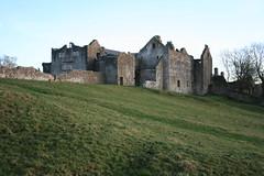 Old Beaupre Castle (fillbee) Tags: old castle wales fort ruin richard glamorgan glamorganshire twr seler curtainwall beaupre cegin cowbridge cadw ashlar cwrt neuadd gorllewin sirricemansel canoloesol porthdy beawpire bewerpere bewpyr siambraur williambasset richardtwrch