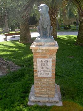 Monumento a Moro en Fernan Nuñez