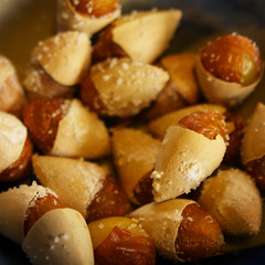Ginkgo / Gingko / Ginko biloba:  (AraiGodai) Tags: interesting chinese seed explore ginkgobiloba herb ginko araigordai whitenuts silverapricot silverfruit  raigordai araigodai
