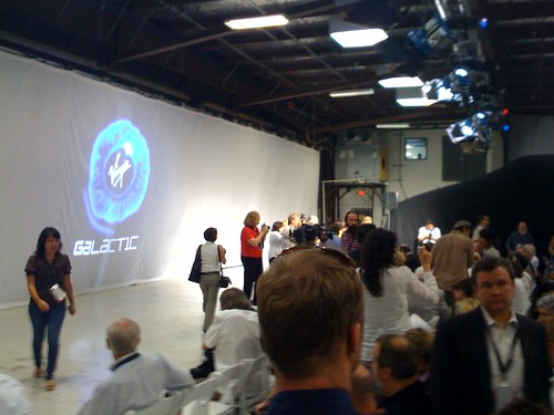 Virgin Galactic press con @Mojave