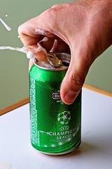 Beer (Chaval Brasil) Tags: brazil selfportrait green me beer closeup brasil self canon heineken geotagged droplets drops hands saopaulo sopaulo flash drop drinks splash waterdrops liquid waterdroplets campinas highspeed soundtrigger ef100macro chaval 430ex liquidsculptures canoneos40d cactuswireless