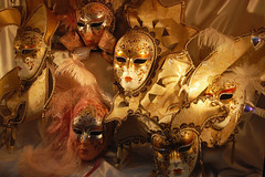 FR2010_0547_DSC_1604A (vkalivoda) Tags: masquerade masks carnival maska gold