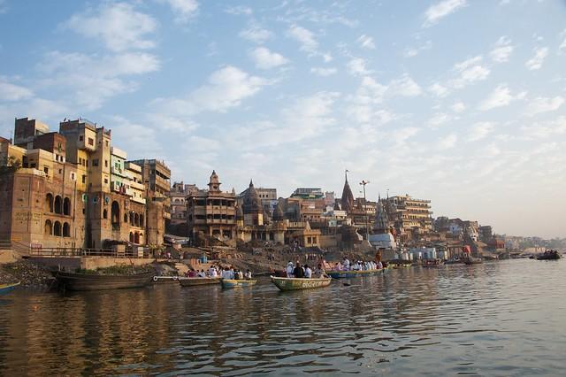 Morgunbátsferð á Ganges í Varanasi