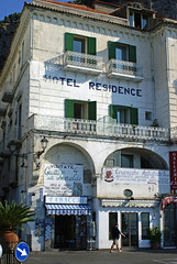 alt aber gemtlich/old but comfortable (Suzanne's stream) Tags: old italien italy comfortable italia alt amalfi gemtlich hotelresidence ysplix