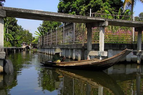Phra Khanong Canal