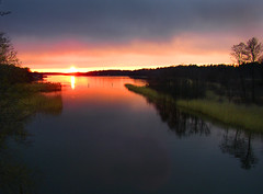 April evening (Per Ola Wiberg ~ Powi) Tags: sunset nature water harmony showroom april 2008 breathtaking nationalgeographic solnedgng musictomyeyes mlaren aclass awesomeshot beautifulearth blueribbonwinner coolshot cherryontop eker flickrstar superphotographer tappstrmskanalen tappstrm beautifulcapture withsky mywinners abigfave nrlunda peaceaward impressedbeauty flickrhearts superbmasterpiece crystalaward diamondclassphotographer flickrdiamond flickrbronzeaward flickrsilveraward heartawards exemplaryshotsflickrsbest flickrsheaven theperfectphotographer flickridol natureislovely goldstaraward flickrestrellas photossansfrontires ilovemypics theloveshack abovealltherest peachofashot grupodehablahispana freedomhawk extendelement photographerparadise tophonorofphotographerparadise saariysqualitypicturesgallery saariysqualitypictures throughyoureyestoours2 fotografiayotros visionaryartsgallery absolutelyperrrfect favoritepictures ddsnetgroupformyfriends goldenplanet naturesprime fabulousplanet flickrsgottalent naturesanctuary platinumplanetevo ringexcellence themagicofthenature aboutthenaturewithlove photographersworld landscapessunsetswaterscapes showroomthebest