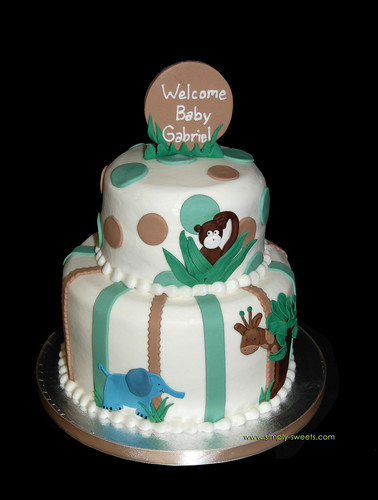 Tan and green jungle themed baby shower cake