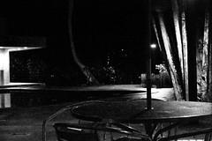 (MonicaDiBlasio) Tags: bw nightshot chuva pb noturna tatianasapateiro frio ims zlobato blackwhitephotos adrianalobato zmartinussoefamilia