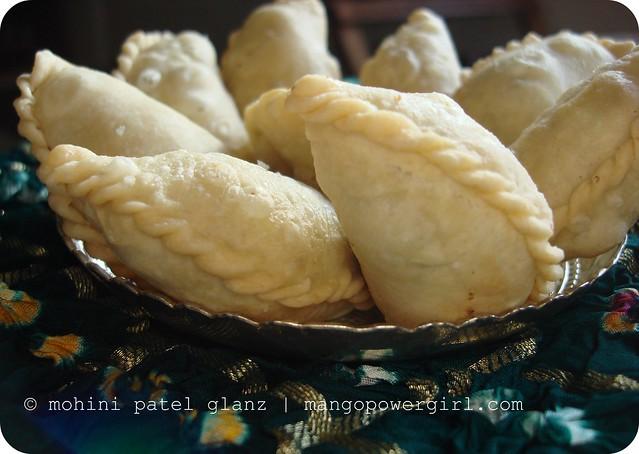 diwali sweets - ghooghra