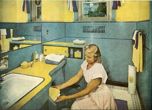1949 yellow bathroom