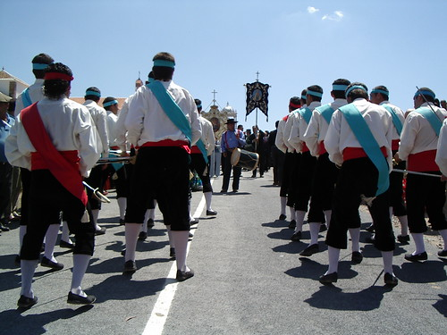 Danzadores y tamboril