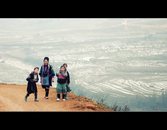 H'Mong People - Mother and daughters (NTLam) Tags: 50mm nikon sapa hmong d80 mywinners anawesomeshot betterthangood