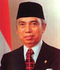 10 Tokoh Indonesia yang Sukses Tanpa Ijazah Formal