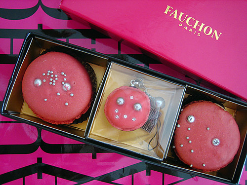 macaron from Fauchon and q-pot