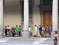 The Line I skipped at the Uffizi (thomas.macrina) Tags: people line firenze uffizi