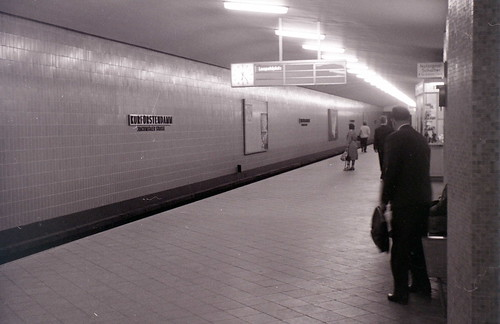 Kurfuerstendamm U-Bahn, West Berlin, 27 August 1962, 6.24 am (06:24)
