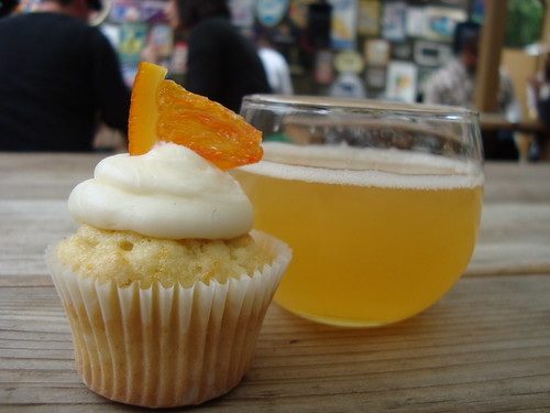 Citrus Cupcake & Coney Island Albino Python (White Ale) @ Sinfully Sweet Sunday @ Verdugo Bar