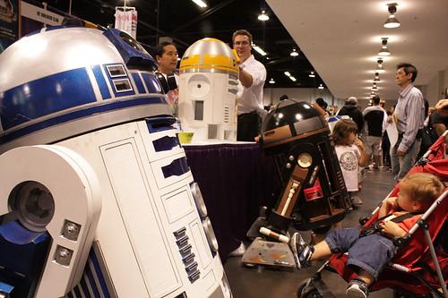 5705265285 b66b931534 Wizard World Anaheim Comic Con 2011 in Photos